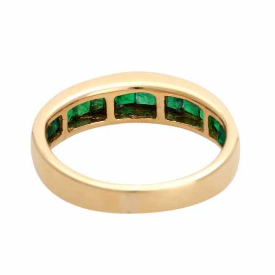 Ring, set with 12 Smaragdcarrés, - photo 4