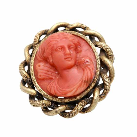 Brooch encrusted with a coral - Kamée, - photo 1