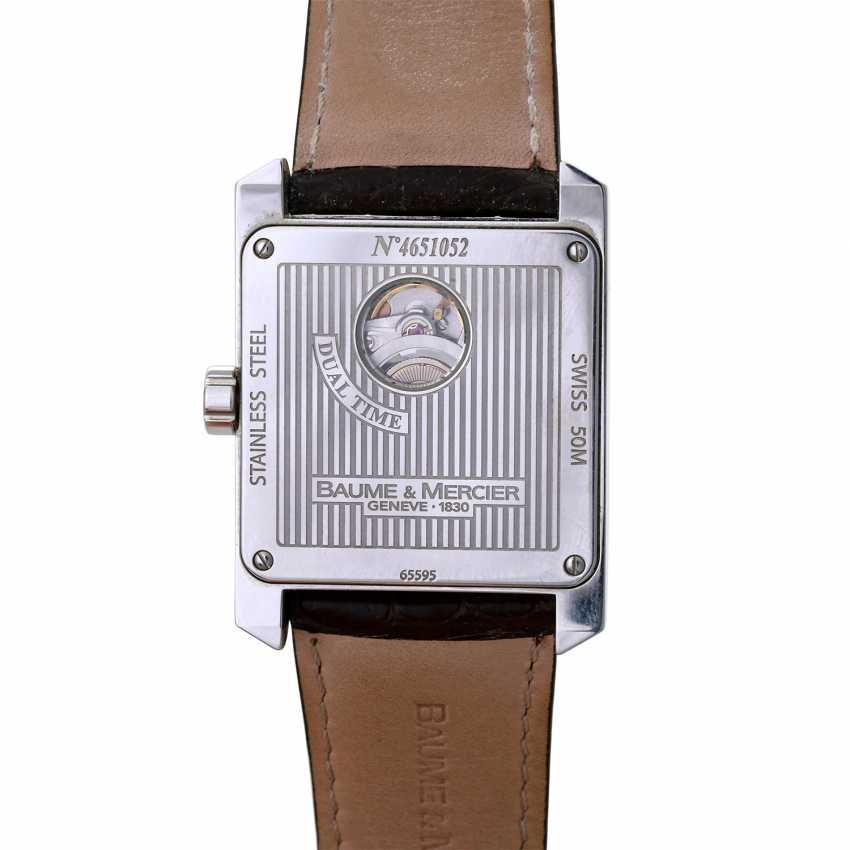 Auction: BAUME & MERCIER Hampton Square Dual Time men's