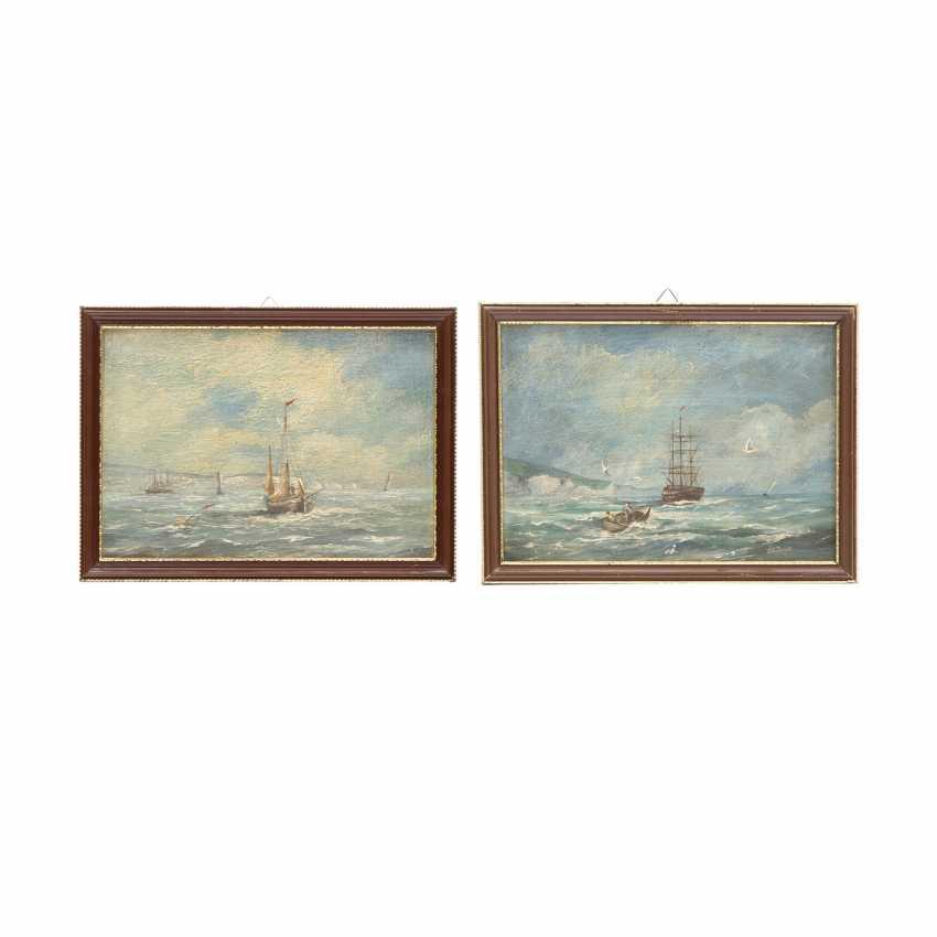 "JAMES, ROY E. (painter 19./20. Century), PAIR of Marine ""sailing ships off the coast of"", - photo 1"