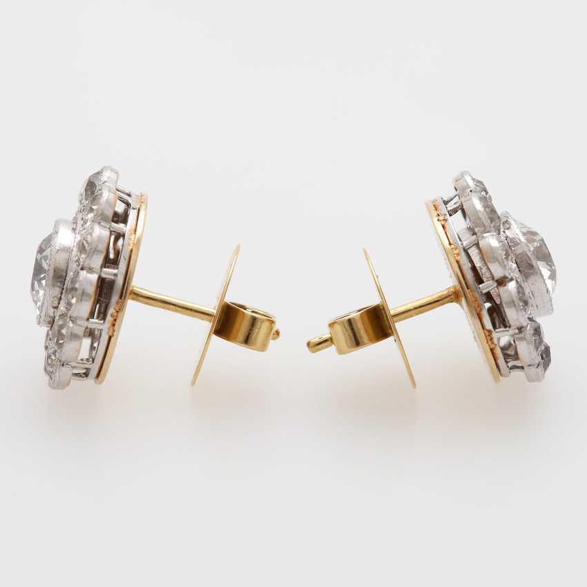 "Earrings ""flowers"" with diamonds, - photo 3"