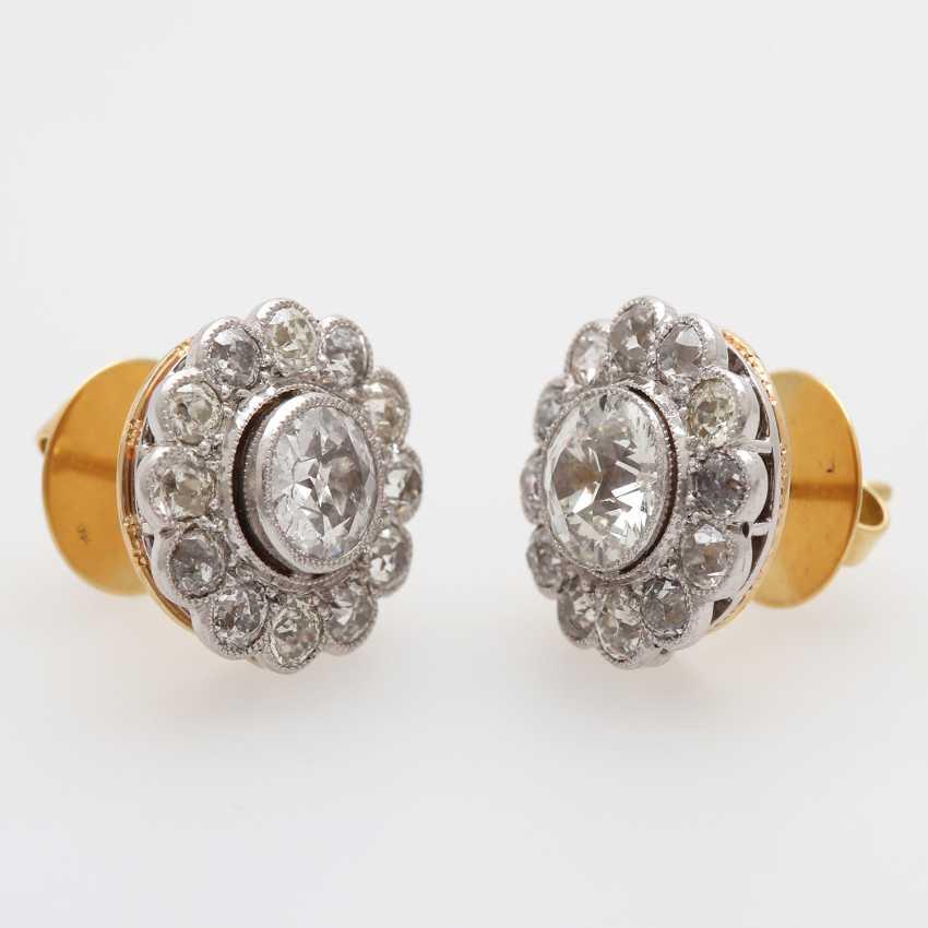 "Earrings ""flowers"" with diamonds, - photo 2"