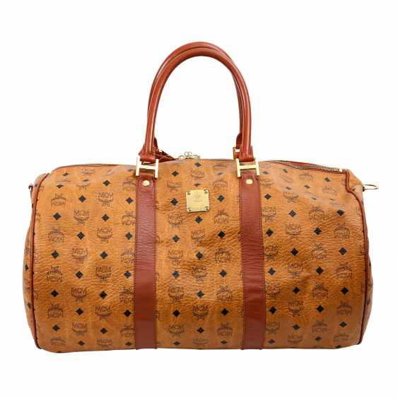 MCM sought after Weekender. - photo 1