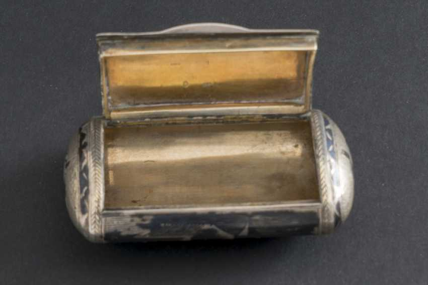 IMPORTANT PILL BOX IN LID - photo 2