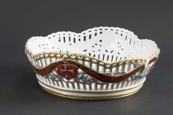 THE FRUIT BOWL IN PORCELAIN OPENWORK PATTERN - photo 1