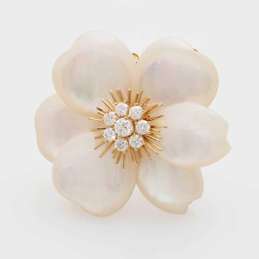 "VAN CLEEF & ARPELS brooch / removable buckle ""Rose de Noël"" - photo 1"