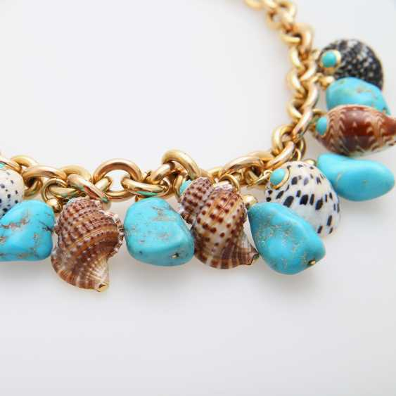 Necklace with various TRIANON shell pendants - photo 2
