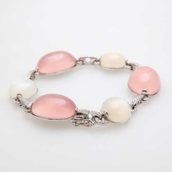 Bracelet made of rose quartz & moon stone Cabochons, - photo 2