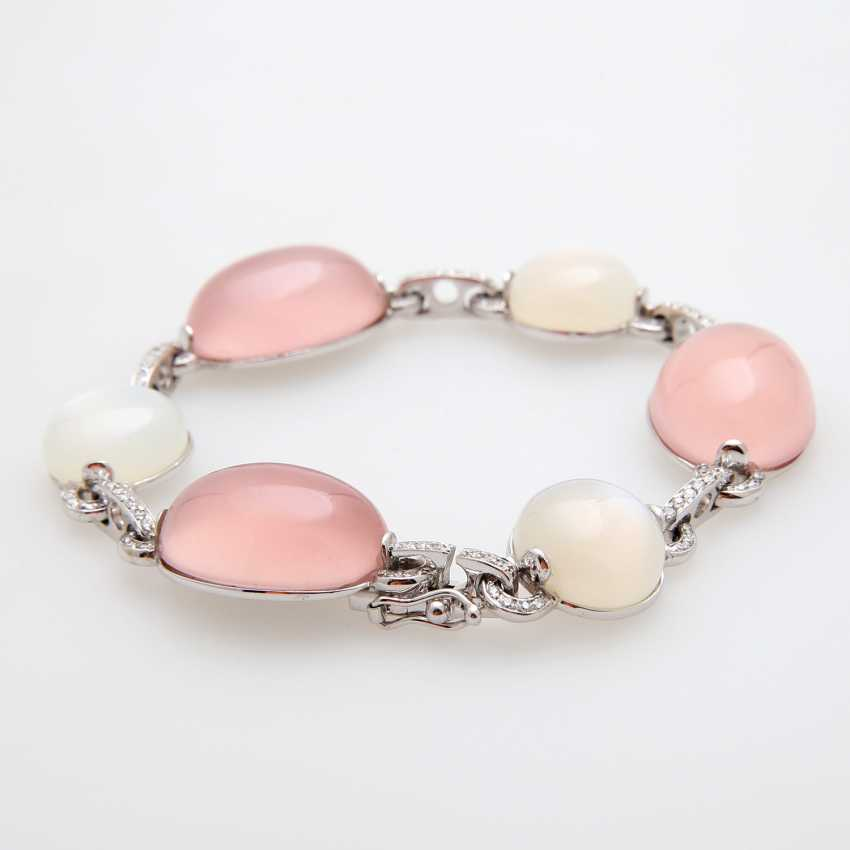 Bracelet made of rose quartz & moon stone Cabochons, - photo 3
