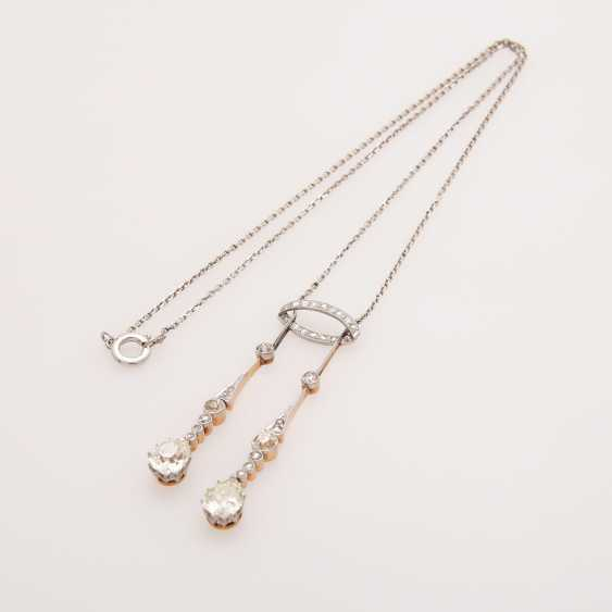 Necklace, an ART DECO middle part with diamond trim - photo 3