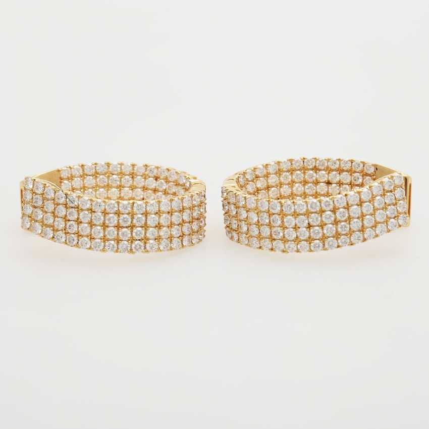 Hinged Hoop earrings bes. with a total of. 224 brilliant-cut diamonds; - photo 1