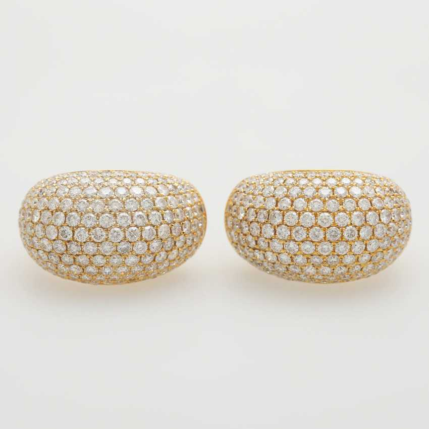 Stud earrings set with brilliant-cut diamonds; - photo 1