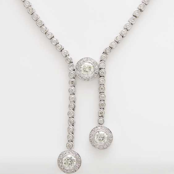 Necklace with large and small diamonds, - photo 2