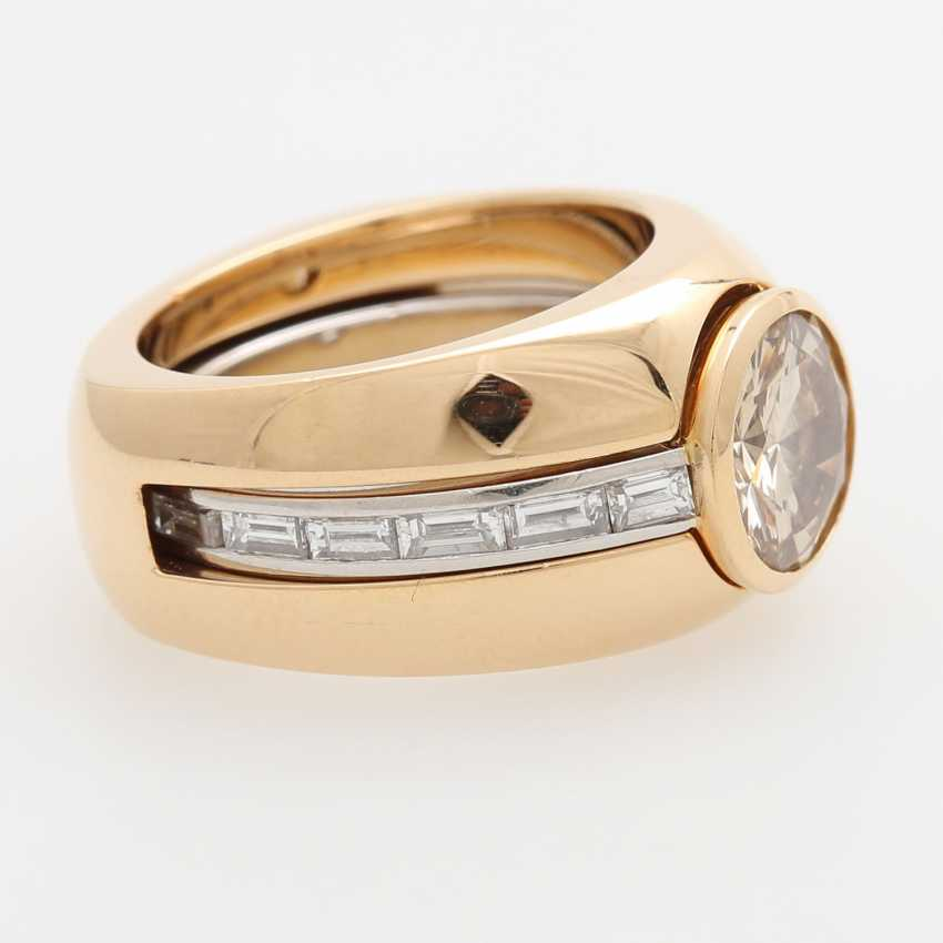 Transformation ring with a Central brilliant - photo 4