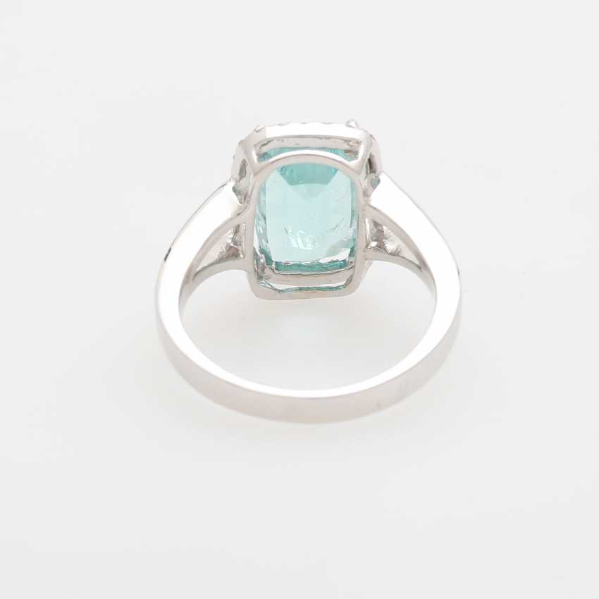 Ring with a Paraiba tourmaline approx. 4,6 ct., - photo 3