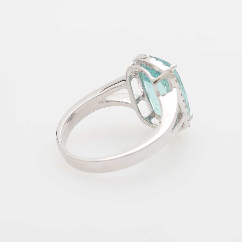 Ring with a Paraiba tourmaline approx. 4,6 ct., - photo 4