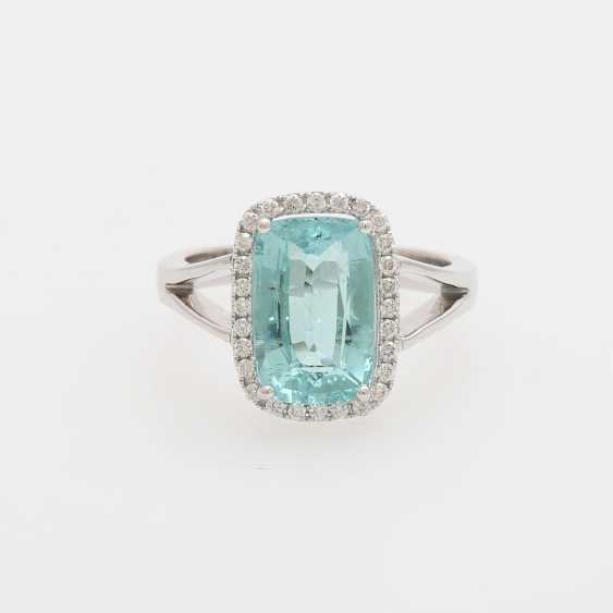 Ring with a Paraiba tourmaline approx. 4,6 ct., - photo 1