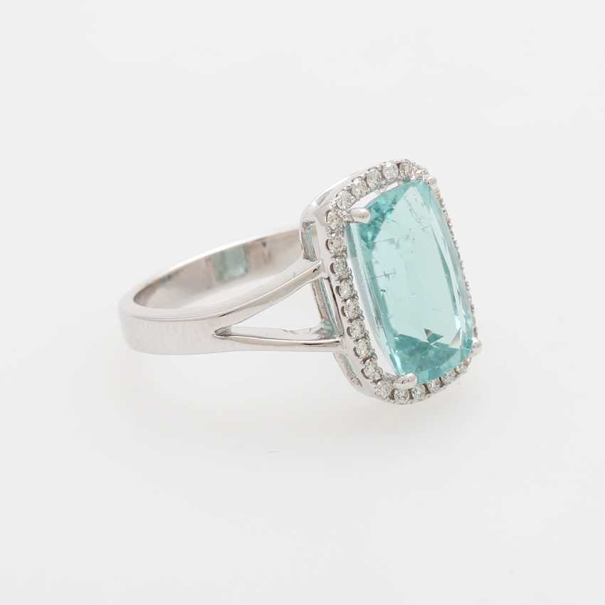 Ring with a Paraiba tourmaline approx. 4,6 ct., - photo 2