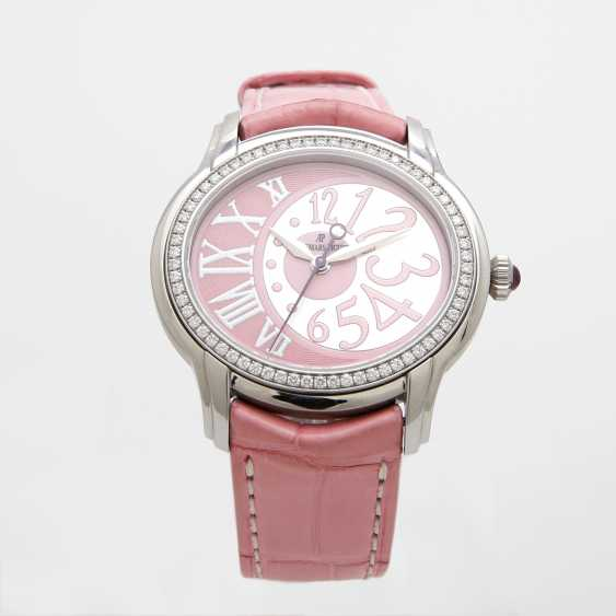 "AUDEMARS PIGUET ladies ""Millenary"". Oval case in stainless steel, with Diam.-Bezel. - photo 2"