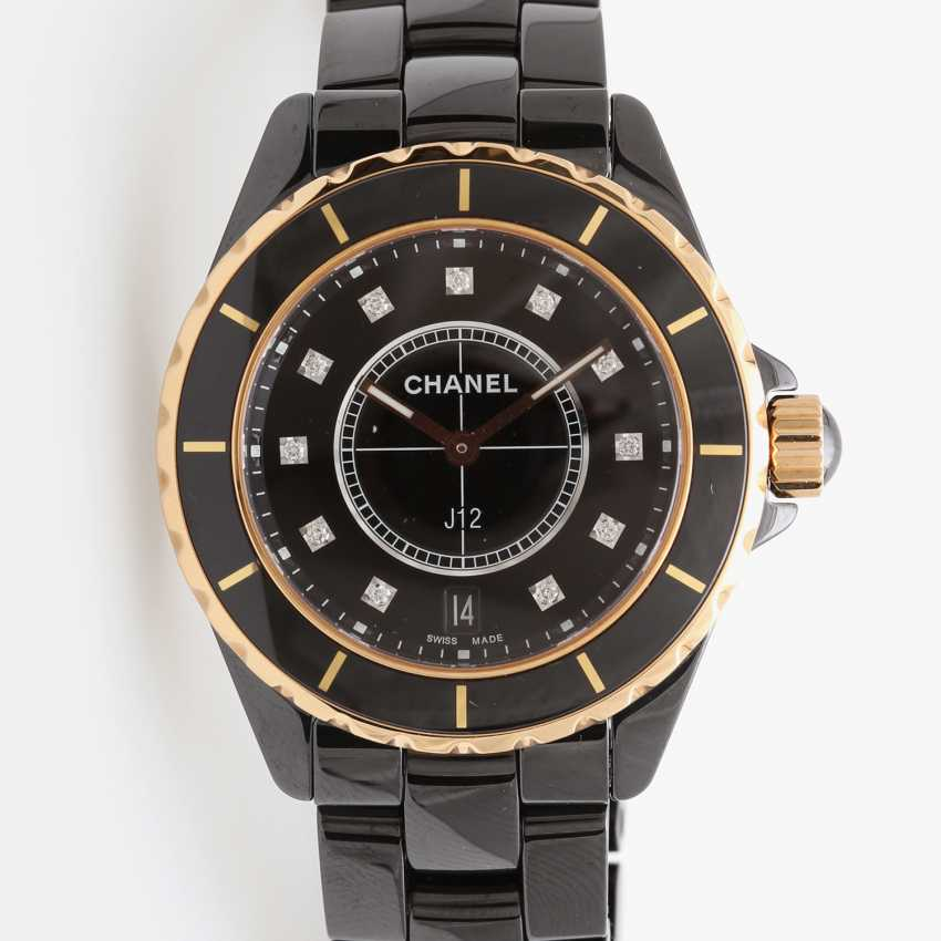 "CHANEL watch ""J12"" in black ceramic with rose gold 18K. - photo 2"