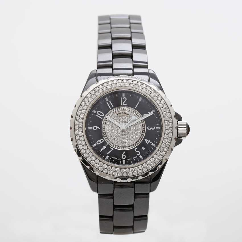 """CHANEL ladies watch """"J12"""" in black ceramic with stainless steel. - photo 1"""
