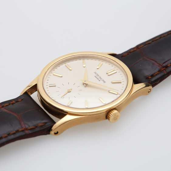 "PATEK PHILIPPE wristwatch ""Calatrava"" in yellow gold 18K. Ref. 3796. - photo 3"