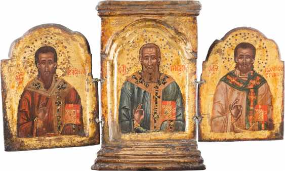 SMALL TRIPTYCH WITH THREE EPISCOPAL SAINTS AND THE ARCHANGEL MICHAEL - photo 1