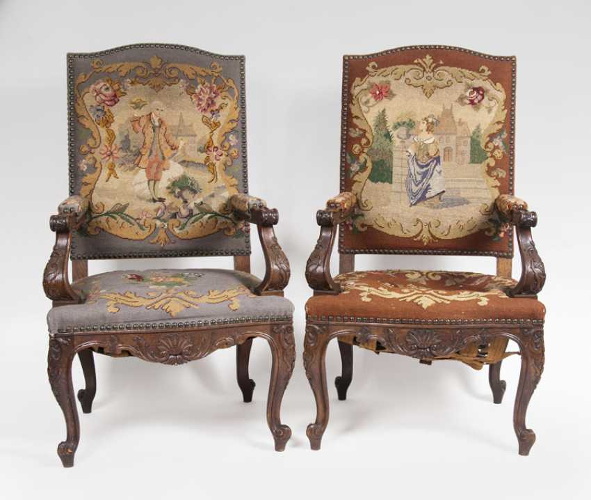 Pair of Baroque armchairs - photo 1