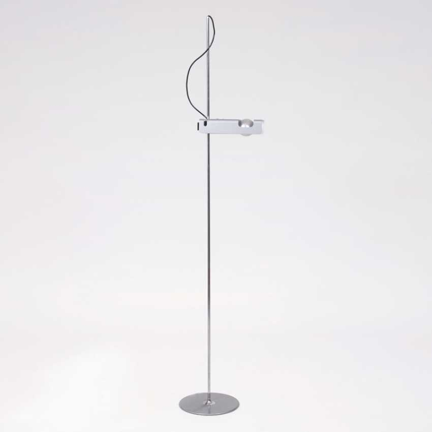 Vintage floor lamp 'Spider' for Oluce. Joe Cesare Colombo - photo 1