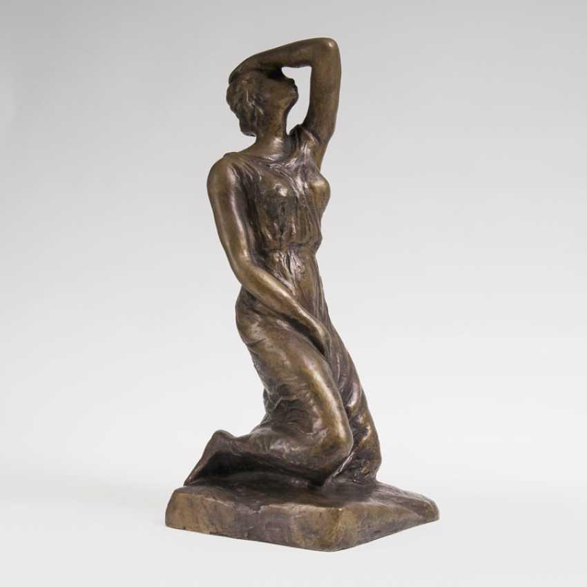 Bronze Sculpture 'Kniende'Monogrammist 'FK' - photo 1
