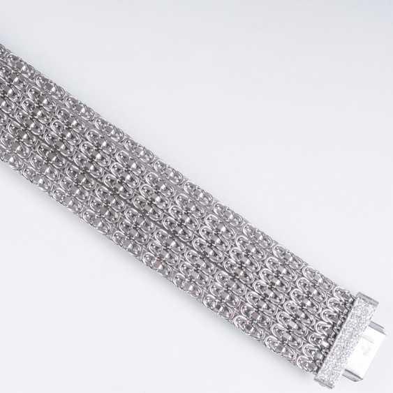 White gold bracelet with diamond Clasp - photo 2