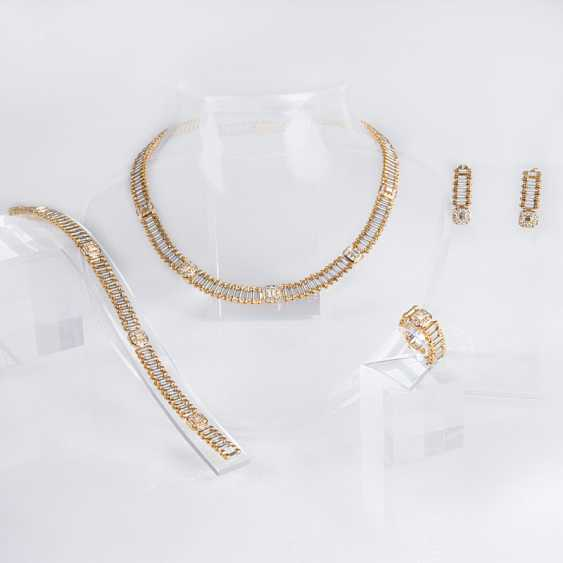 Diamond-Parure with necklace, earrings, Ring and bracelet - photo 1