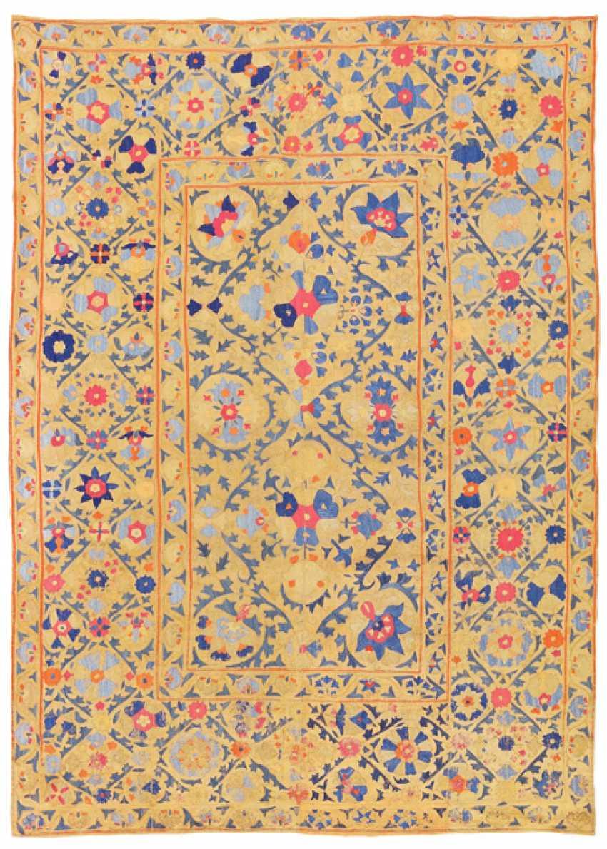 Fine Suzani Embroidery - photo 1