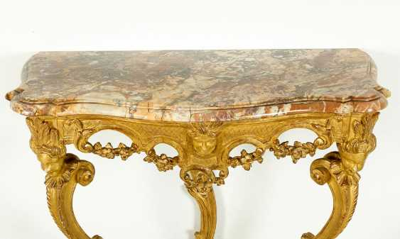 To Piedmontese baroque console