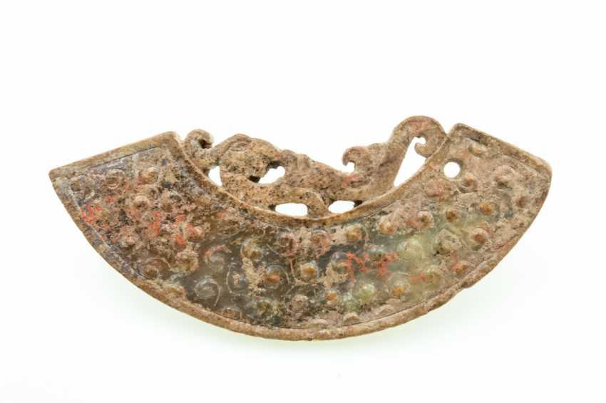 A PHOENIX JADE PENDANT HUANG HAN DYNASTY (206BC-220AD) - photo 1
