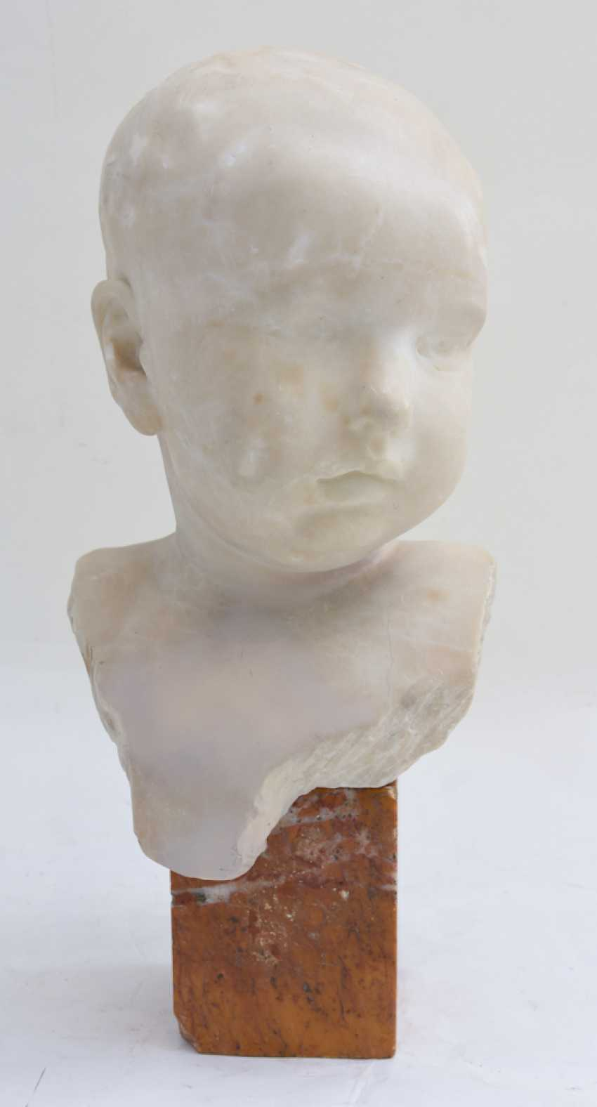 """RAOUL CHARLES INJURIES. """"The bust of Paul Injuries"""", marble, signed, France, circa 1890 - photo 1"""