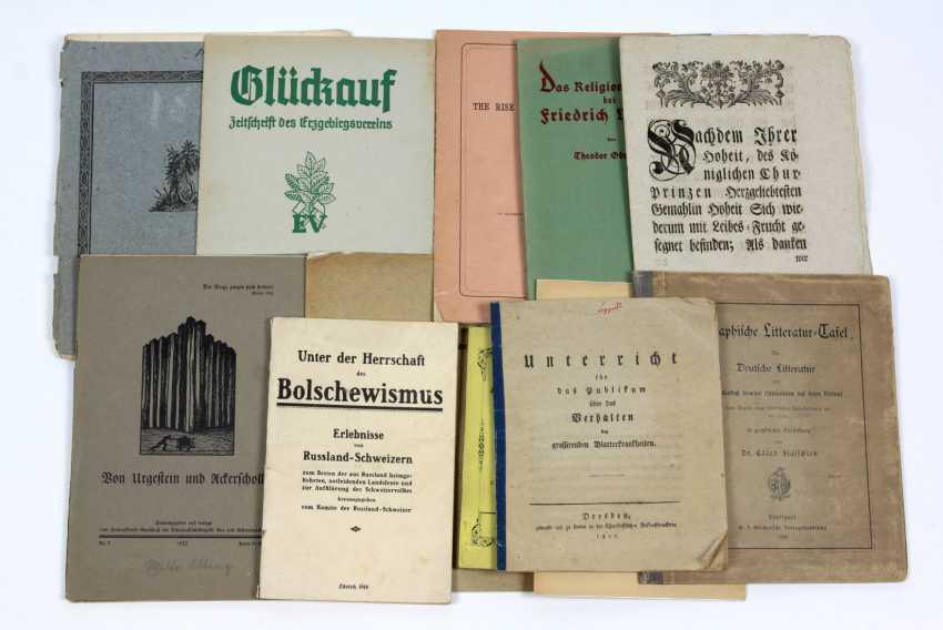 12 small fonts 19. / 20. Century - photo 1