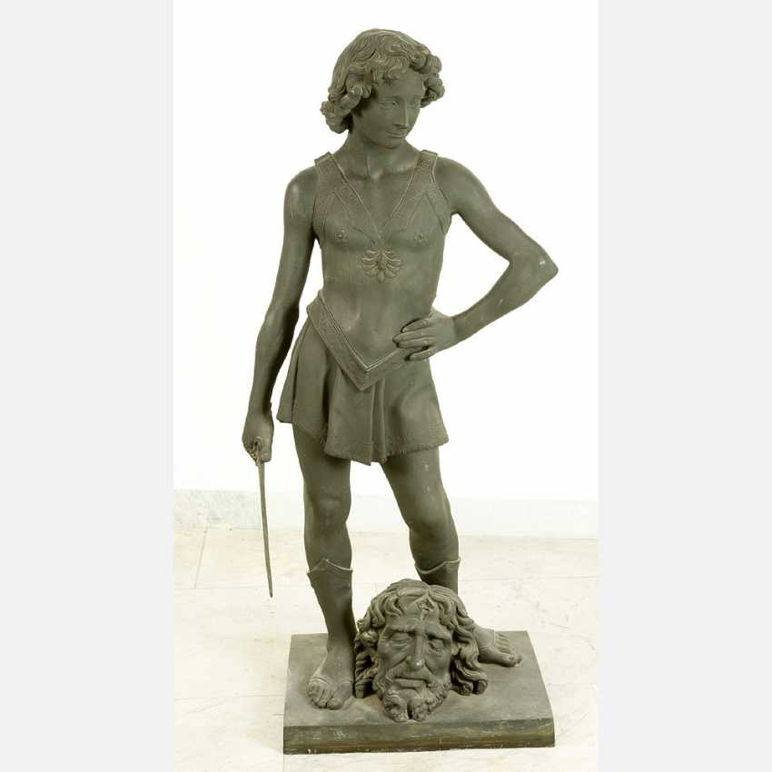 Large bronze sculpture of David with the head of Goliath - photo 1