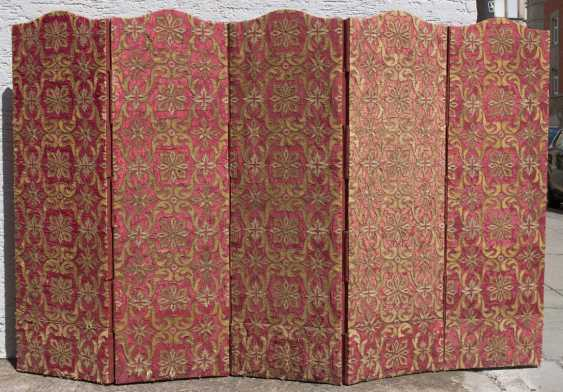 SCREEN, linen on wood with silk/brocade/Gold/silver threads, France, around 1700 - photo 1