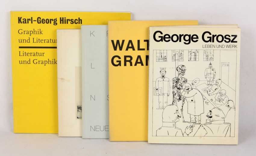 5 Exhibition Catalogues - photo 1