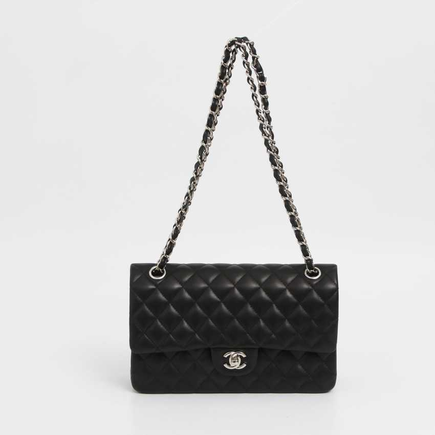 "CHANEL's coveted shoulder bag ""CLASSIC DOUBLE FLAB MEDIUM BAG"" - photo 1"