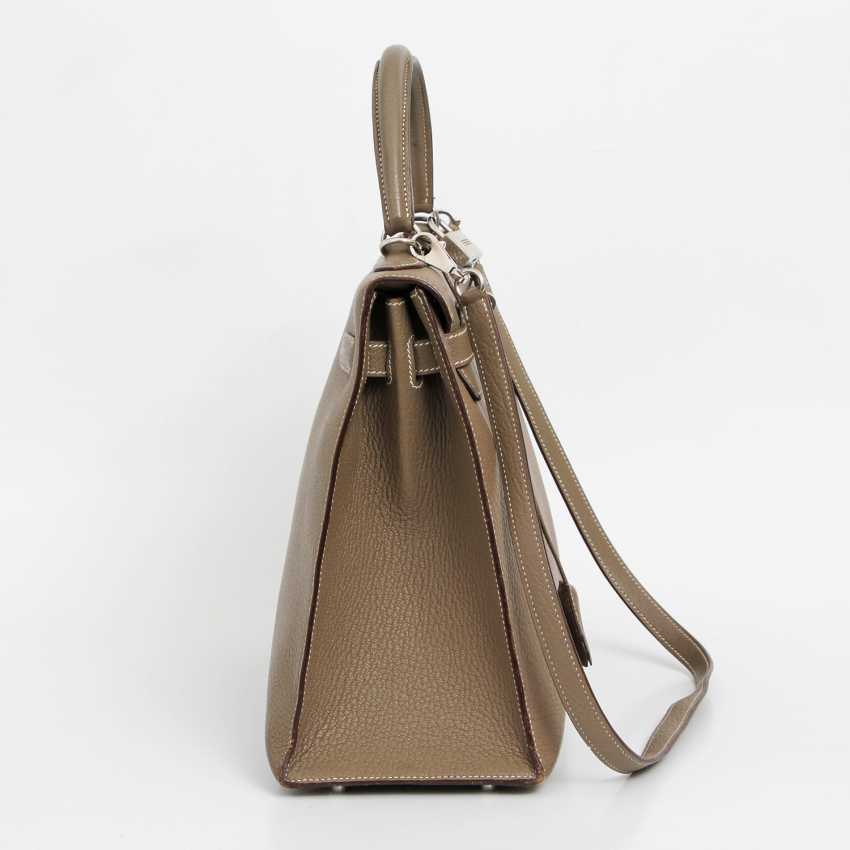 "HERMÈS exclusive Handle/shoulder bag ""SELLIER KELLY BAG 35"", collection 2006. - photo 3"