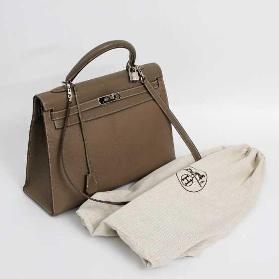 "HERMÈS exclusive Handle/shoulder bag ""SELLIER KELLY BAG 35"", collection 2006. - photo 4"