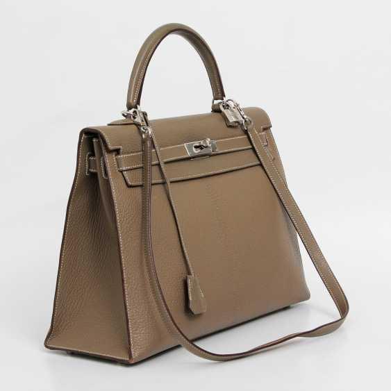 "HERMÈS exclusive Handle/shoulder bag ""SELLIER KELLY BAG 35"", collection 2006. - photo 2"
