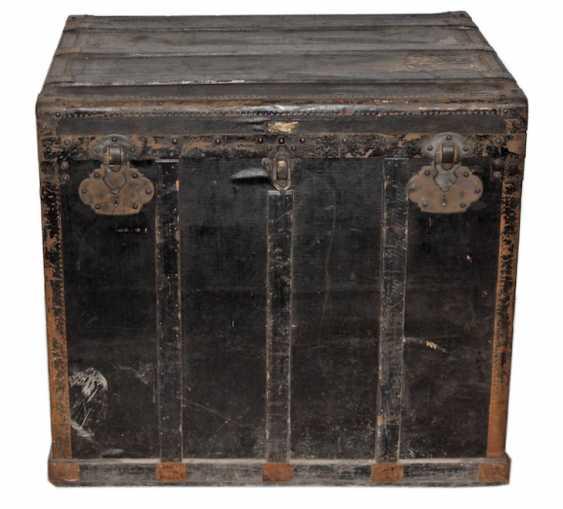 large suitcase around 1890 - photo 1