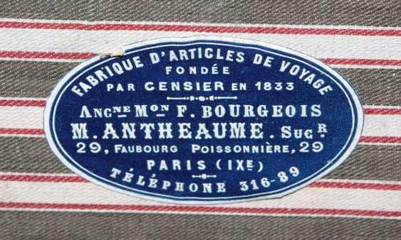 large suitcase around 1890 - photo 4