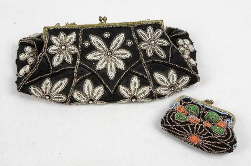 2 glass bead bags 1920s - photo 1