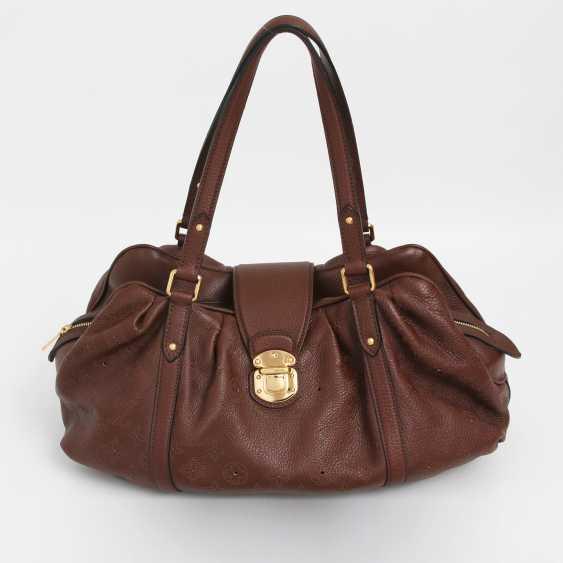 """LOUIS VUITTON exclusive shoulder bag """"LUNAR GM"""", collection 2009. - photo 1"""