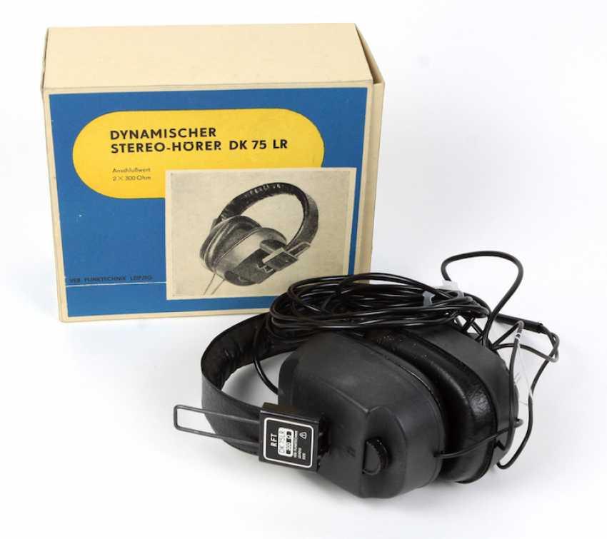 Stereo Headphones - photo 1