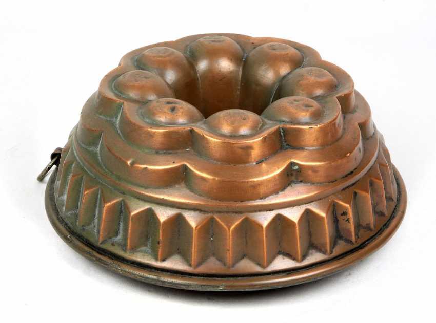 Bundt cake baking pan, around 1900 - photo 1